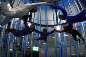 http://www.3nd.nl/wp-content/uploads/2015/07/skydive-indoor-300x200.jpg